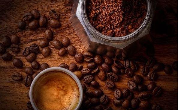 UỐNG CAFE MỖI BUỔI SÁNG CÓ TỐT KHÔNG